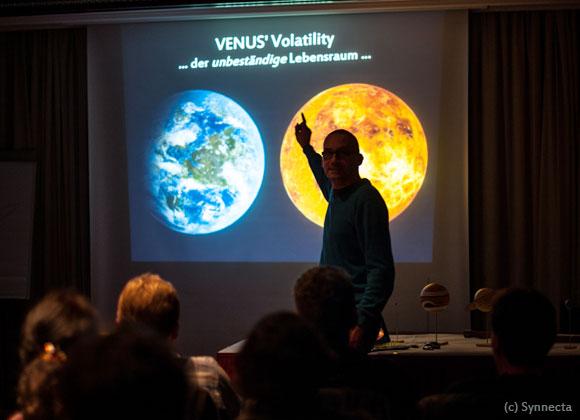 Reise ins VUCA Universum mit Sky Voyage, (c) Synnecta