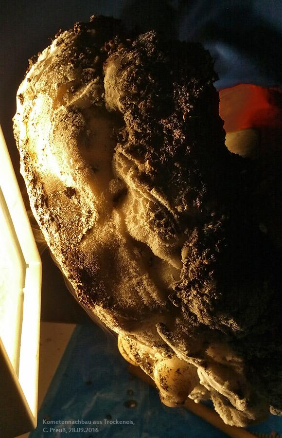 Kometenmodell aus Trockeneis