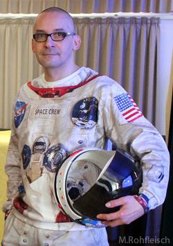 Christian Preuß als Astronaut